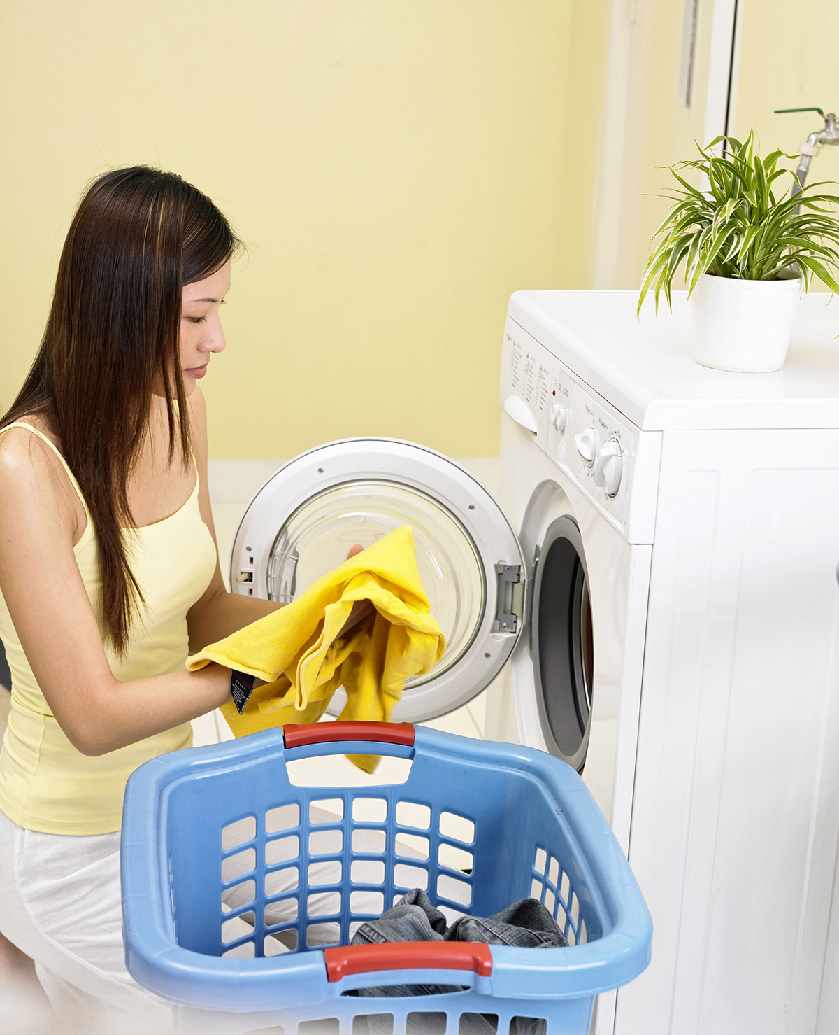 BioHomeCares -3 reasons why fabric softeners are not as good as you think