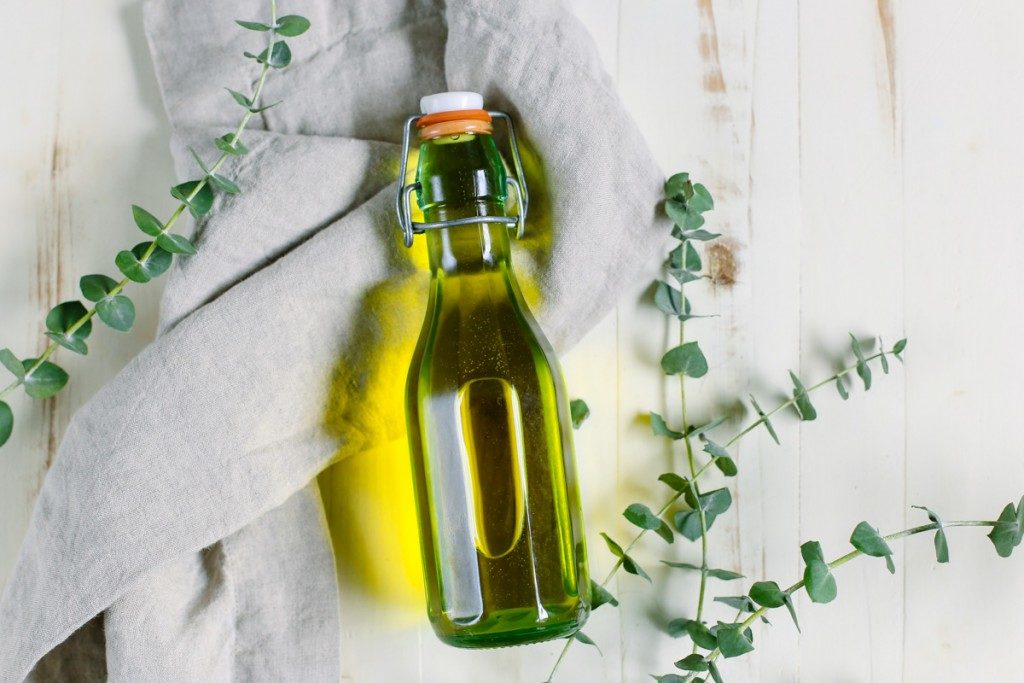 natural-cleaning-ingredients-6116-1024x683