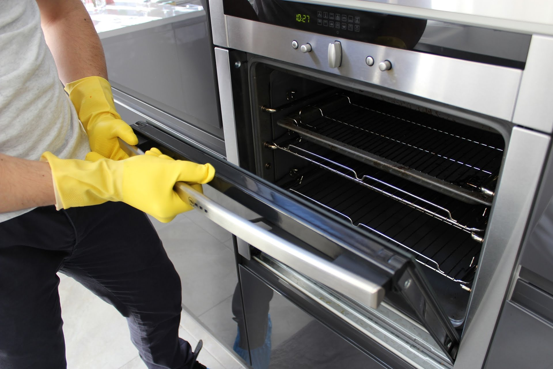 How To Clean Your Oven With Natural Ingredients Bio Home
