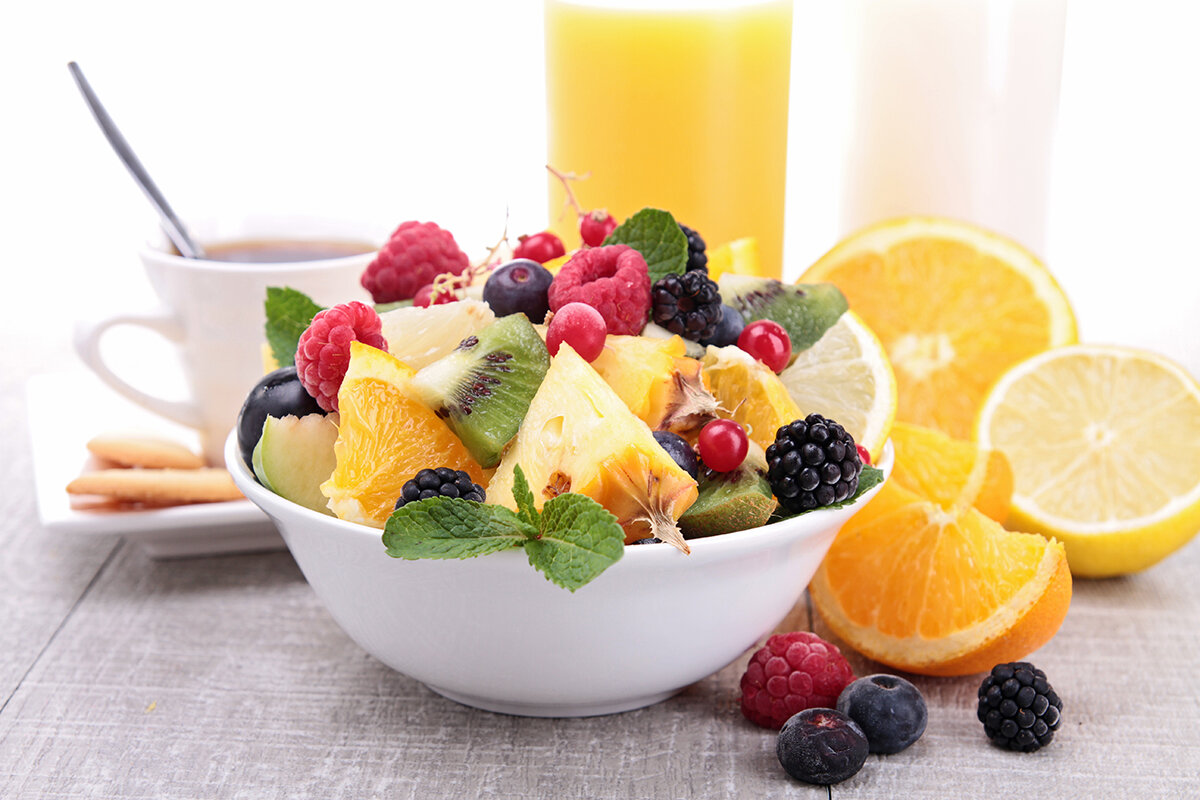 10 reasons why you should eat fruits for breakfast